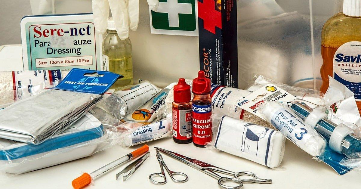 Kit pronto soccorso da emergenza estrema per la tua bug out bag